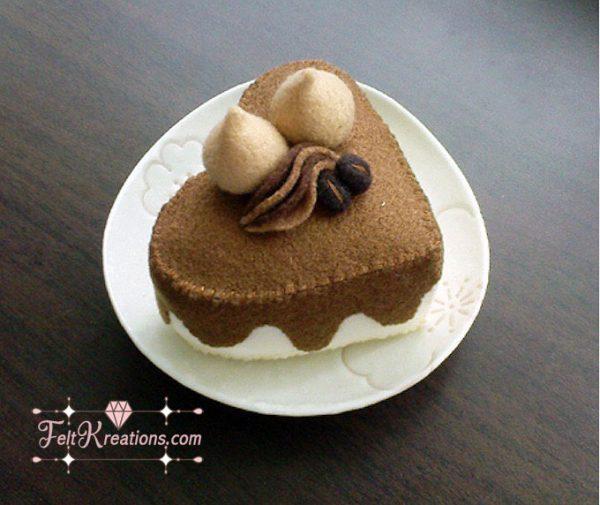 felt pattern sweetheart cake caramel cake