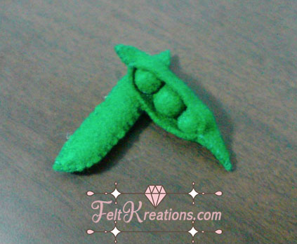 felt peas in a pod patterns DIY
