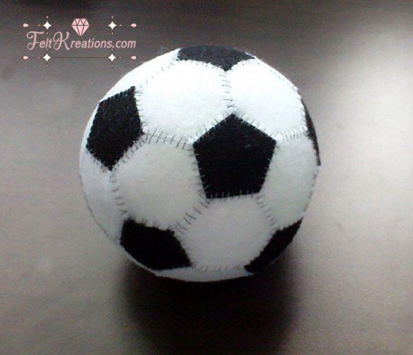 felt soccer ball pattern